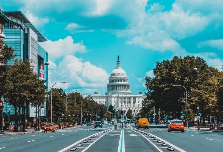Vue de la rue sur la Maison Blanche à Washington
